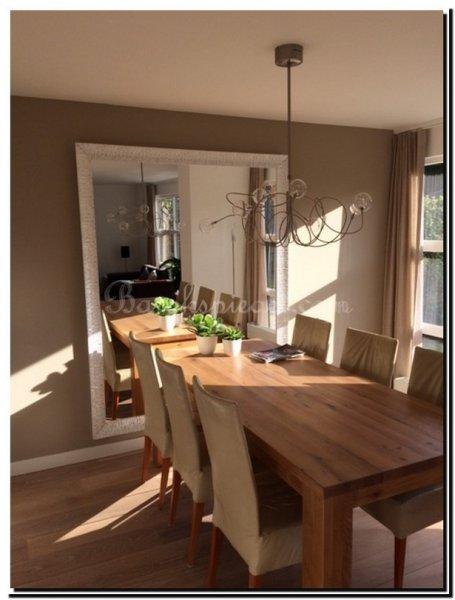 Klassieke spiegels in interieur - Decoratie tafel eetkamer ...